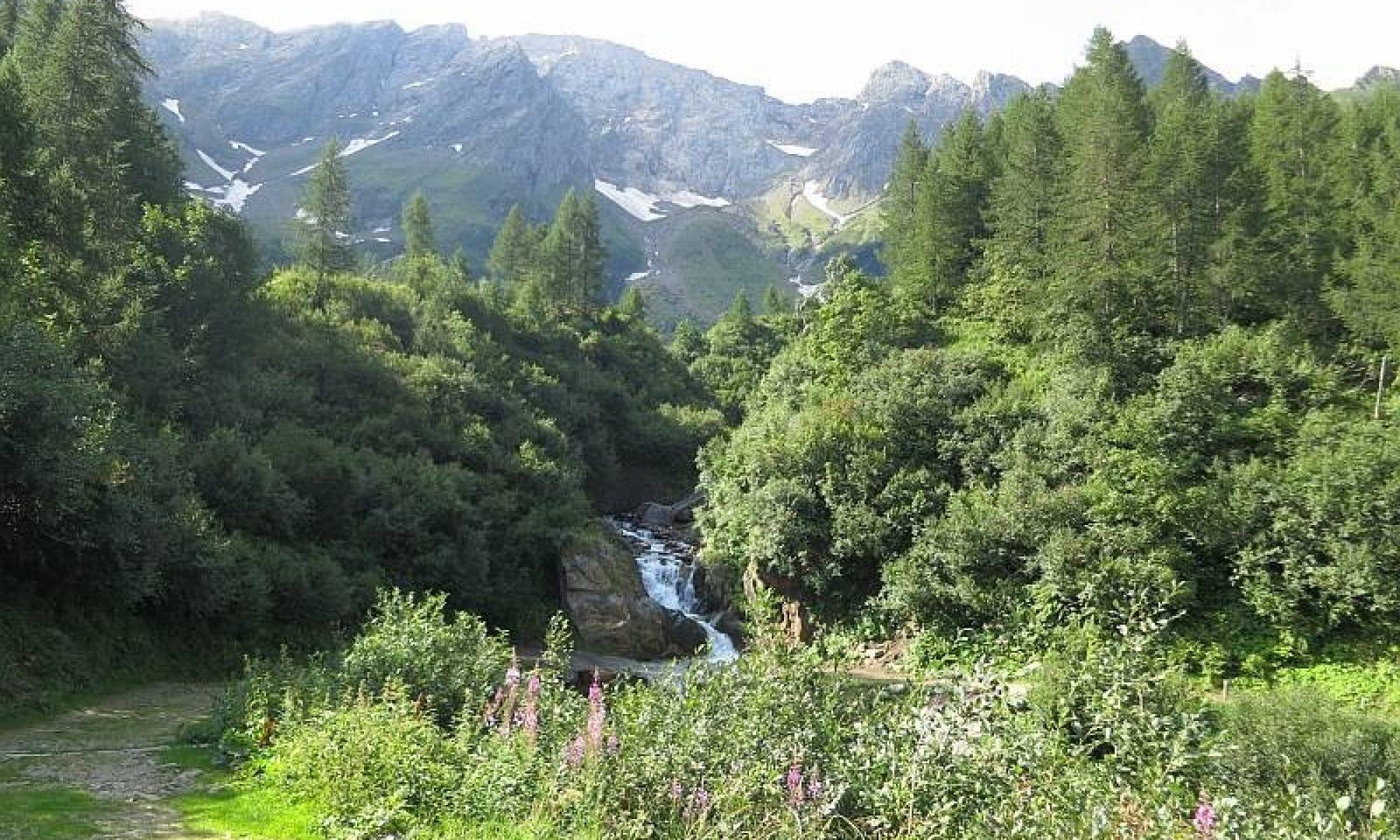 472 Val Ruino